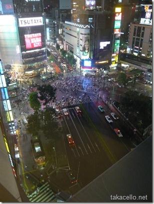 エクセルホテルから渋谷の交差点を望む