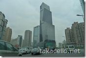 途中で宿泊先のロンジモント上海を通過