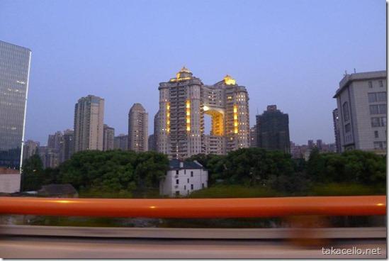上海の高層住宅街