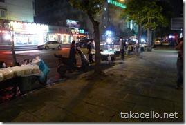 夜の上海、天山路辺り